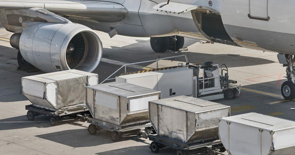 ULDs: o que são e qual a sua importância para o transporte aéreo de mercadorias